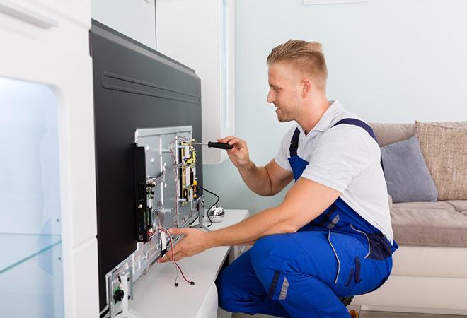 Стоит ли заказывать ремонт телевизоров в Липецке на дому?